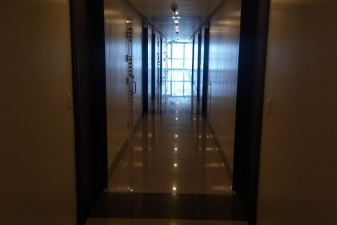 1 Bedroom condo unit For Sale in One Uptown Residence, BGC, Taguig City (1)