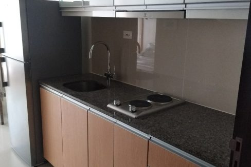 1 Bedroom condo unit For Sale in One Uptown Residence, BGC, Taguig City (10)