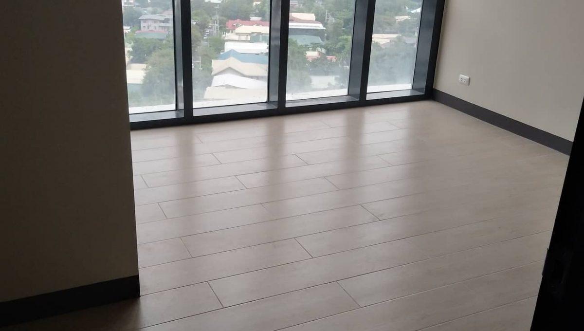 1 Bedroom suite with balcony condo unit For Sale in Salcedo Skysuites , Makati, Metro Manila (8)