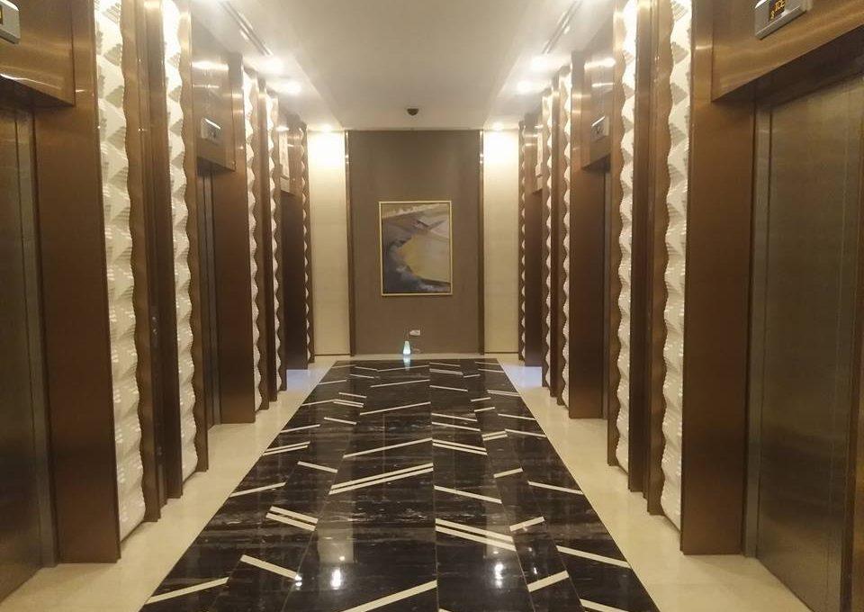 1 Bedroom with balcony condo unit For Sale in Three Central ,Makati ,Metro Manila (1)