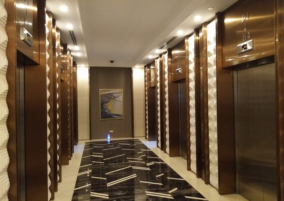 1 Bedroom with balcony condo unit For Sale in Three Central ,Makati ,Metro Manila (15)