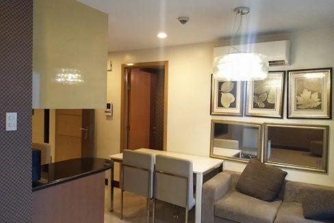 1 bedroom condo unit For Sale in One Central ,Makati ,Metro Manila (3)