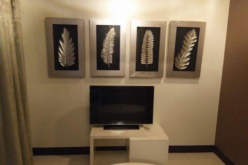 1 bedroom condo unit For Sale in One Central ,Makati ,Metro Manila (5)