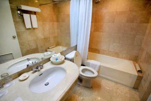 1 bedroom for sale in OXFORD SUITES Makati, Metro Manila! (2)