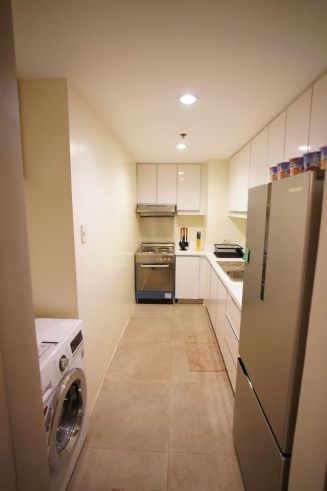1 bedroom unit for sale in ICON PLAZA, BGC, The Fort, Taguig City (8)