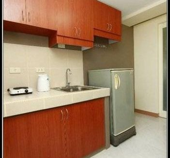 1 bedroom unit for sale in Makati Executive Tower III, Makati, Metro Manila (1)