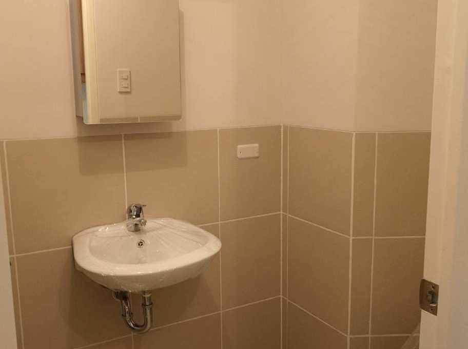 1 bedroom with balcony condo unit for Sale in Brio Tower Tower 5, Makati City (3)