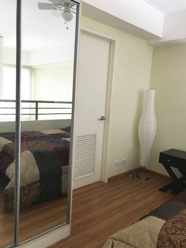 1 bedroom with loft Unit for rent in McKinley Park Residences, BGC, Taguig City (4)