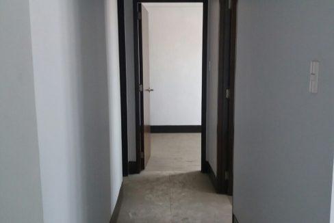 2 Bedroom condo unit For Sale in Greenhills Heights San Juan, Metro Manila (3)