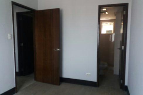 2 Bedroom condo unit For Sale in Greenhills Heights San Juan, Metro Manila (6)