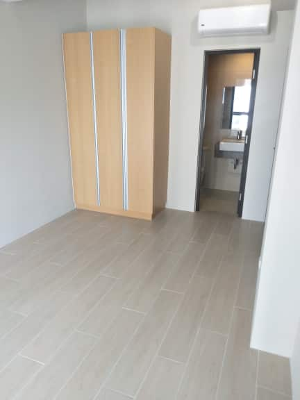 2 bedroom condo unit For Sale in Uptown Ritz Residences, Uptown Bonifacio, Taguig City (21)