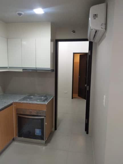 2 bedroom condo unit For Sale in Uptown Ritz Residences, Uptown Bonifacio, Taguig City (30)