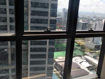 2 bedroom condo unit For Sale in Uptown Ritz Residences, Uptown Bonifacio, Taguig City (7)