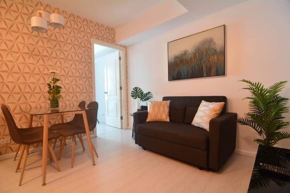 2 bedroom condo unit for Sale in Azure Urban Resort Residences, Parañaque City (1)