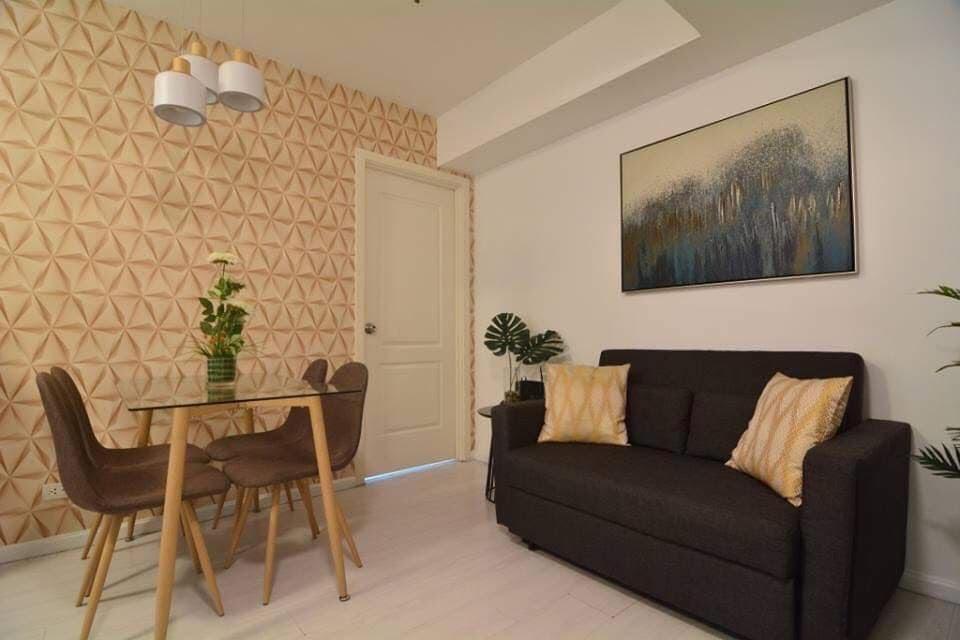2 bedroom condo unit for Sale in Azure Urban Resort Residences, Parañaque City (6)