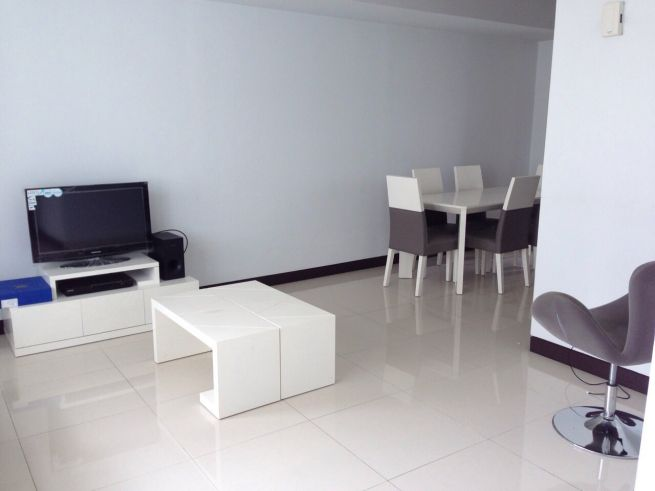 2 bedroom condo unit for Sale in Greenbelt Madison, Legazpi Village, Makati City (2)