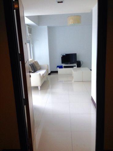 2 bedroom condo unit for Sale in Greenbelt Madison, Legazpi Village, Makati City (3)