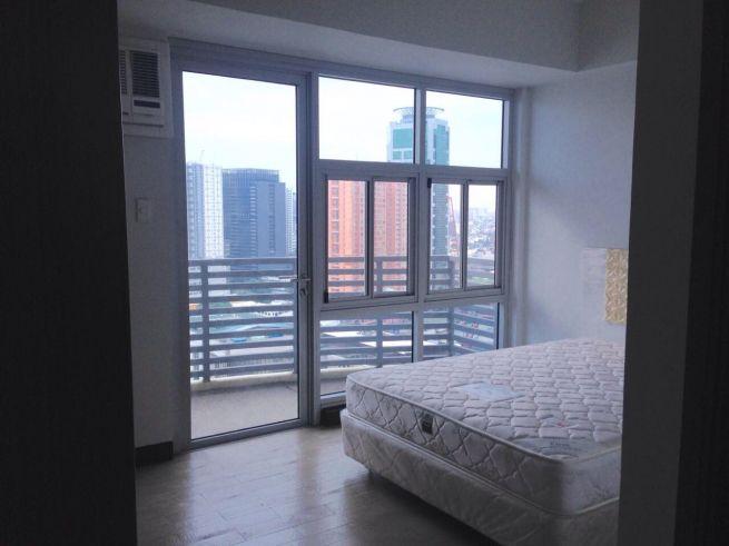 2 bedroom condo unit for Sale in Greenbelt Madison, Legazpi Village, Makati City (5)