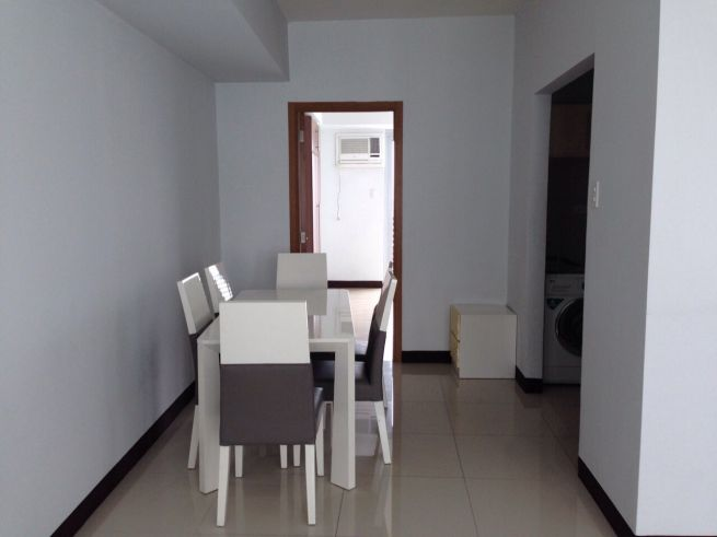 2 bedroom condo unit for Sale in Greenbelt Madison, Legazpi Village, Makati City (6)