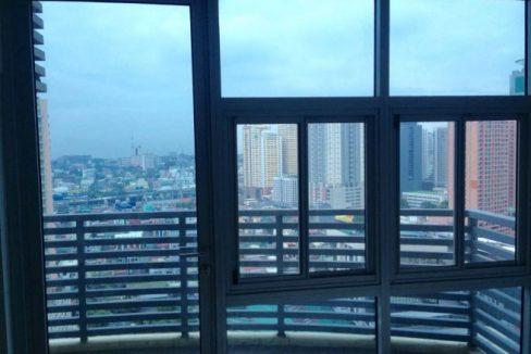 2 bedroom condo unit for Sale in Greenbelt Madison, Legazpi Village, Makati City (9)