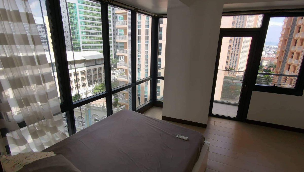 2 bedroom condo unit for Sale in The Florence Tower 2, Mckinley Hill Taguig City (6)
