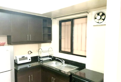2 bedroom unit for Rent CYPRESS TOWERS Taguig City (1)