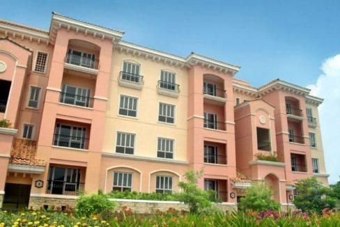 3 bedroom bi-level condo unit For Sale in 115 Upper Mckinley , Fort Bonifacio Taguig City (23)