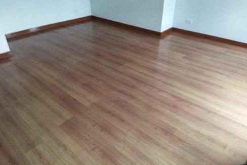 3 bedroom bi-level condo unit For Sale in 115 Upper Mckinley , Fort Bonifacio Taguig City (3)