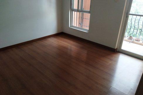 3 bedroom bi-level condo unit For Sale in 115 Upper Mckinley , Fort Bonifacio Taguig City (6)