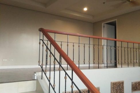 3 bedroom with loft for sale in Mckinley Hill Garden Villas , Mckinley Hill, Taguig City! (9)