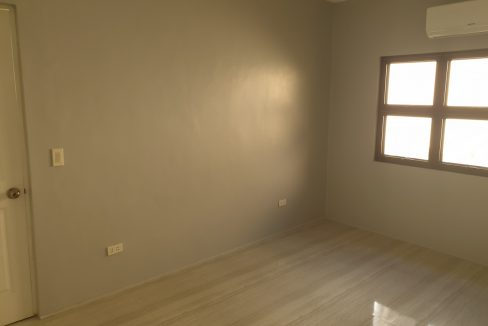 4 Bedrooms House and Lot for Sale in BF Homes Sinagtala, Parañaque City (14)