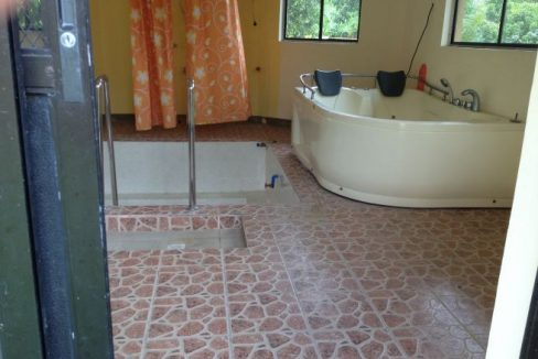 4 bedroom House and Lot for Sale in Pasong Langka, Silang (8)