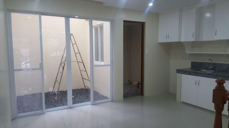5 bedroom Townhouse unit for Sale in Katarungan Village, Felix Street Poblacion, Muntinlupa (4)