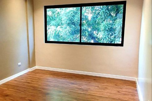 House and lot for sale in BF home paranaque3