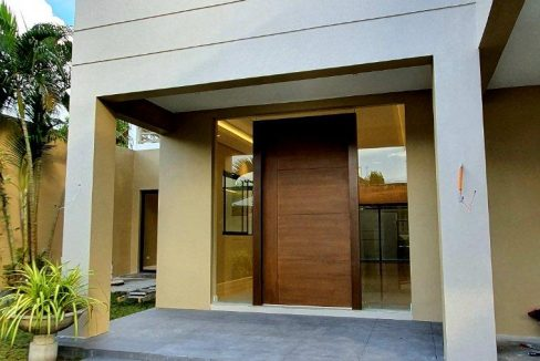 House and lot for sale in BF home paranaque5 (1)