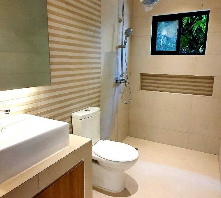 House and lot for sale in BF home paranaque7 (1)