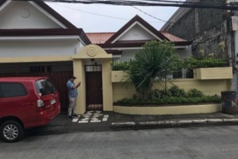 House and lot for sale in Greenwoods Executive Village in Pasig (9)