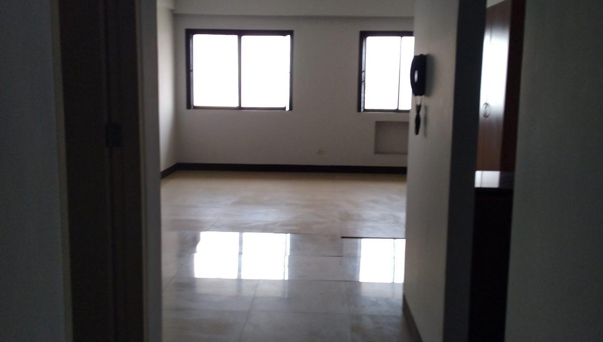 Studio condo unit For Sale in El Jardin del Presidente 2 besides ABS CBN  (1)