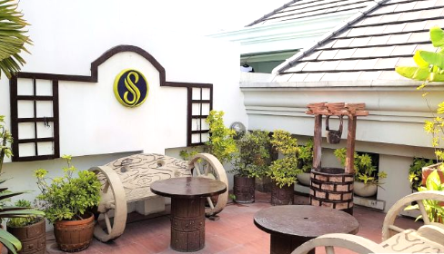 Studio type unit for rent in SCANDIC PALACE SUITES, Makati Metro Manila (11)
